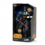 Photo figurine parlante Dark Vador Star Wars Disney Store la boite